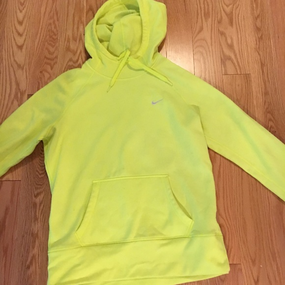detailed look 3f5cf f707b Neon Nike Sweatshirt